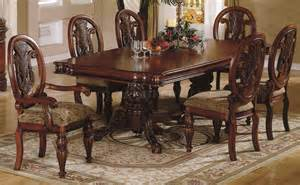 Traditional Dining Room Tables Cherry Finish Traditional Dining Room W Hand Carved Details