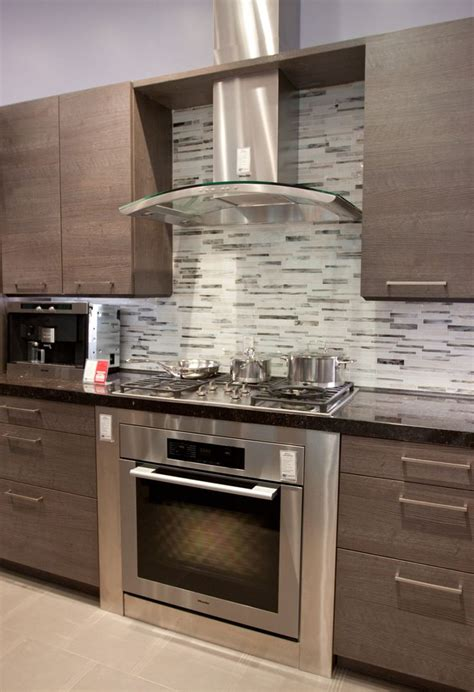 designer kitchen hoods best 25 hood fan ideas on pinterest oven range hood