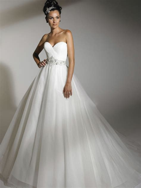 Brautkleider Ballkleid by Shoulder Chiffon Tiereed Gown Wedding Dress
