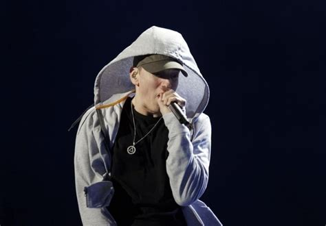 eminem quiz buzzfeed eminem doesn t understand why people keep saying he s