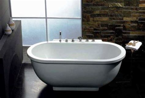 Soaking Tub With Jets Wasauna The Soaking Bathtub 1 Person 14 Jets 1