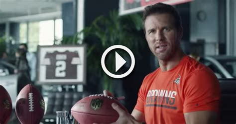 tim couch college tim couch appears in new bud light nfl commercial