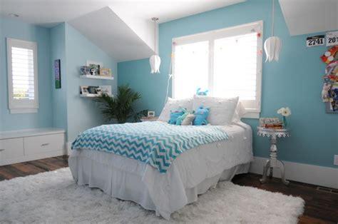 aqua girls bedroom tween girls bedroom in aqua like the window seat and the