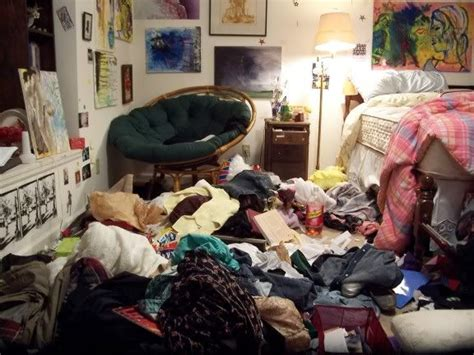 how to clean a cluttered bedroom 17 best ideas about messy bedroom on pinterest messy