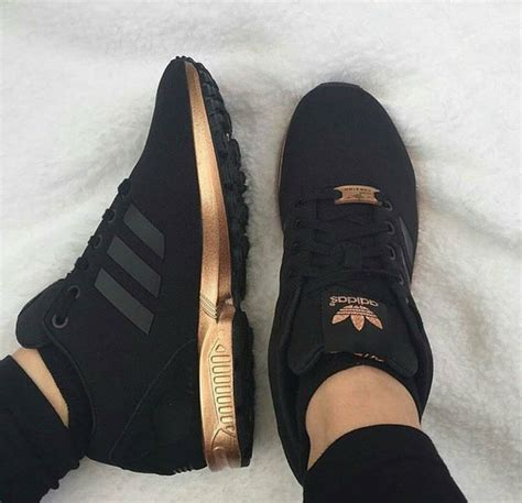 7ldress Adidas shoes black gold black and gold adidas adidas shoes wheretoget