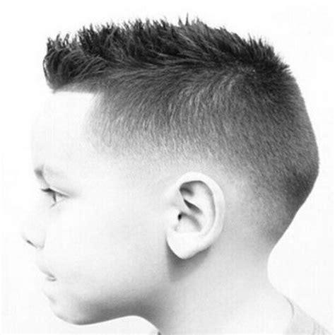 boy short haircut instructional fade haircut instructions best 25 boys fade haircut ideas