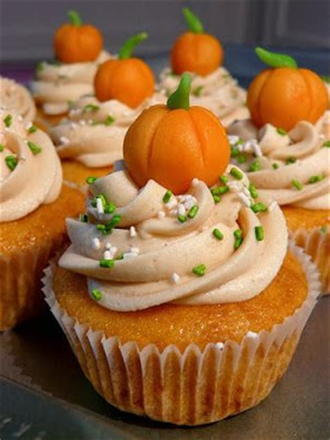 Pumpkin Decorated Cupcakes by 33 Special Pumpkin Cupcakes Cupcakes Gallery
