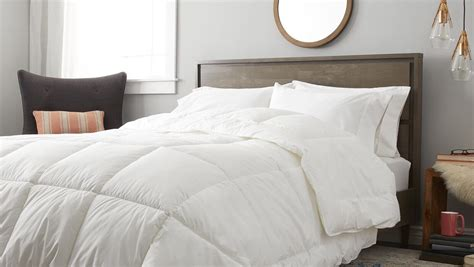 buy down comforter your complete down comforter buying guide overstock com