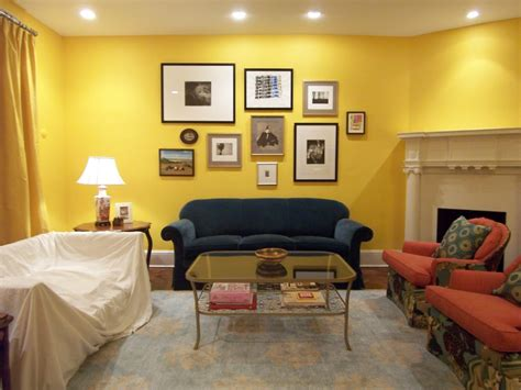 yellow living room benjamin s 343 sunrays and a new wall bossy color elliott