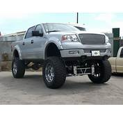 Lifted Ford F150 4x4 Crew Cab  Off Road Wheels