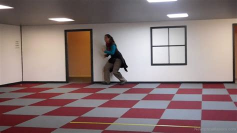 ames room illusion cool ames room illusion