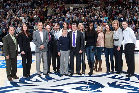 Uconn Mba Program Director by 2002 Ncaa Chions Enter Huskies Of Honor Uconn Today