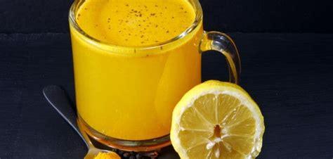 Boisson Detox Curcuma by Une Boisson D 233 Tox Au Miel Citron Et Curcuma Pour Maigrir
