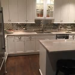 mirrored backsplash in kitchen mirrored subway tile kitchen backsplash 2016 home decor