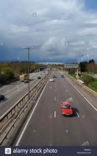 Beschleunigung Auto by Autobahn M1 Stra 223 Enautos Beschleunigung Auto