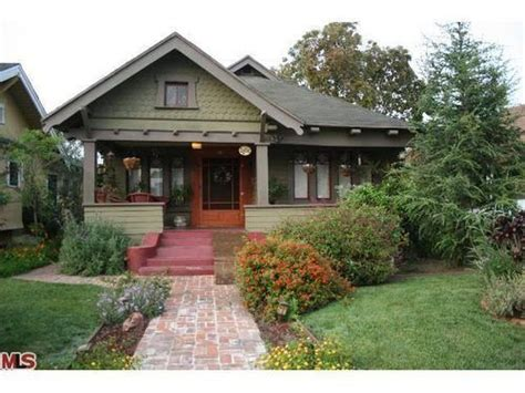 a craftsman bungalow seeded earth photo 76 best front porch images on pinterest little cottages