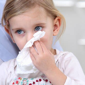 porque sale sangre por la nariz epistaxis infantil por qu 233 le sale sangre de la nariz y