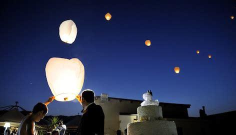 lanterne volanti sono pericolose lanterne volanti cinesi troppo pericolose necessaria la
