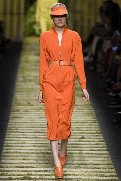 Fashion Orange orange looks fashion week ss 2017 inspiration by color