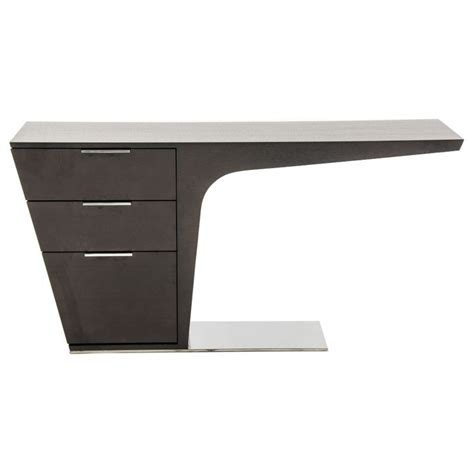 Modern Desk Table Best 25 Modern Desk Ideas On Pinterest Modern Office Desk Minimalist Study Furniture And