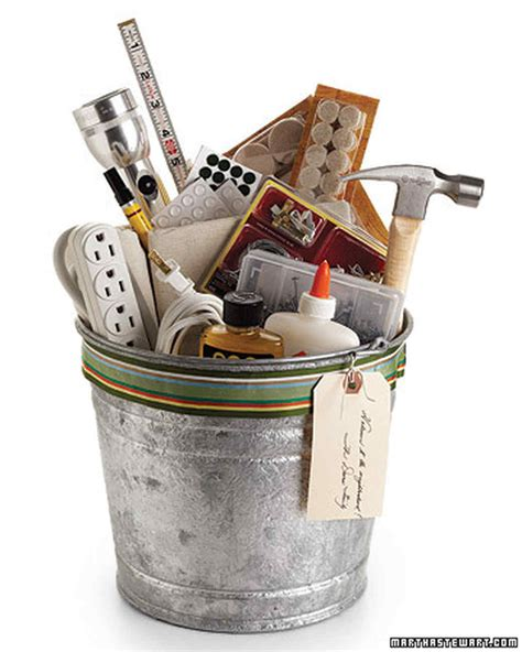 gifts for house warming 50 diy gift baskets to inspire all kinds of gifts