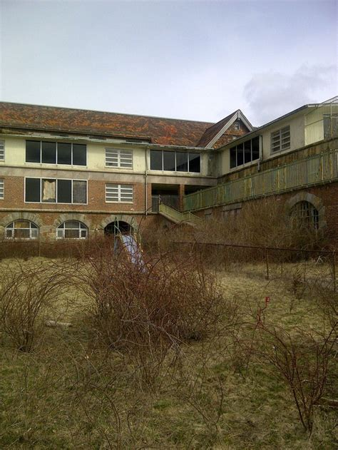 abandoned buildings in ct 9 best creepy places in ct images on pinterest abandoned