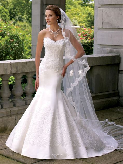 Satin Mermaid Wedding Dress Uk with Strapless Sweetheart Hand beaded Re embroidered Lace Bodice