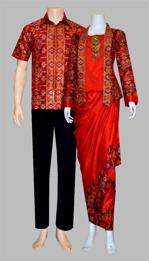 Sarimbit Rok Dan Blus Pola Baju Pasangan Baju Muslim Wanita jual baju batik sarimbit rok blus sepasang pasangan