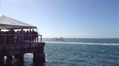 key west boat race youtube powerboat crash rescue attempt key west youtube