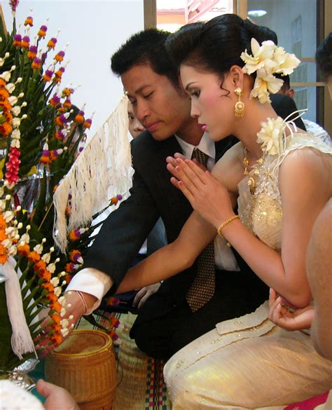File:Marriage in Thailand   Wikimedia Commons