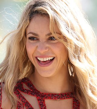 what products does shakira use on her hair the secret behind shakira s effortless waves stylecaster