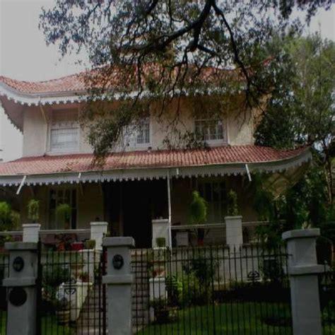 pagoda house pagoda house