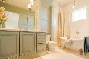 Paint colors for a bathroom to go with maple cabinets