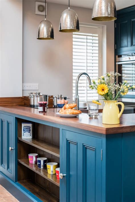 mini kitchen island 4 ways to get a mini kitchen island for a small space