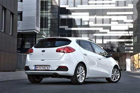 kia ceed insurance kia ceed hatchback review 2012 parkers
