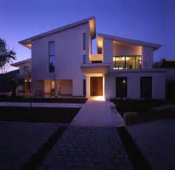 Modern Design House by White Contemporary Modern House Design Iroonie Com
