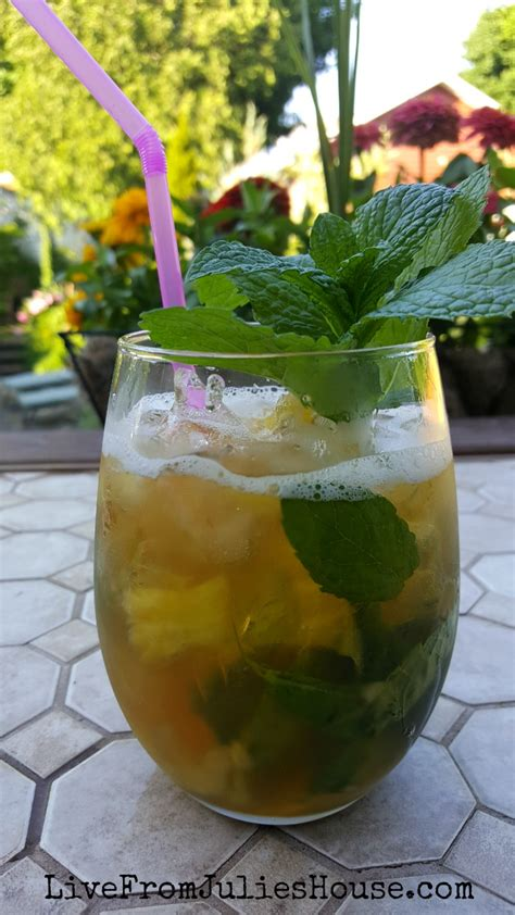 Links Pineapple Mojito by Pineapple Vanilla Mojitos Live From Julie S House