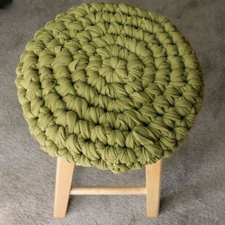 t shirt yarn cushion pattern crochet stool cover of fabric can make from t shirts