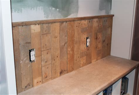Pallet Wainscoting by Snaps For Pavlo One Home Made