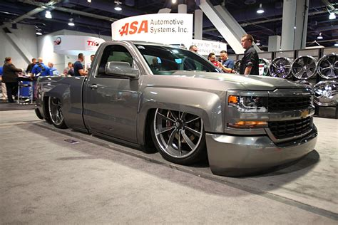 lowered trucks top 25 lowered trucks of sema 2016