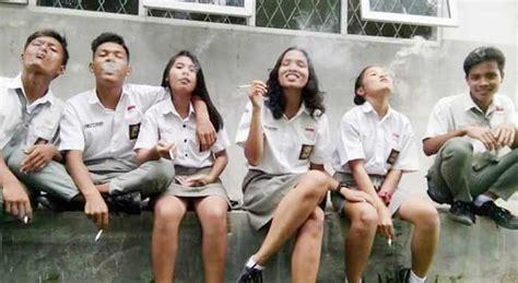 film remaja sekarang 5 kelakuan anak sekolah jaman sekarang yang dianggap