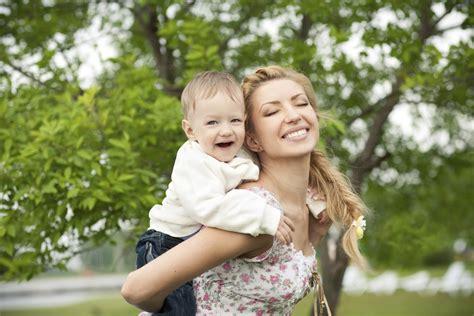 hijo ve a su mama dedearse 20 consejos que las mam 225 s desear 237 an haber recibido me lo
