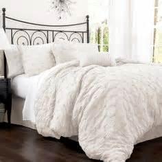 big fluffy comforter sets 1000 images about big white comfy beds on pinterest