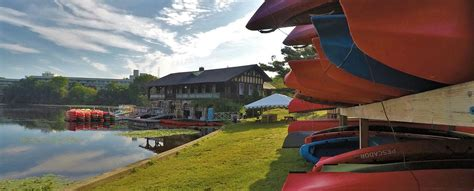 boating in boston waltham newton boathouse cs boat rentals and lessons
