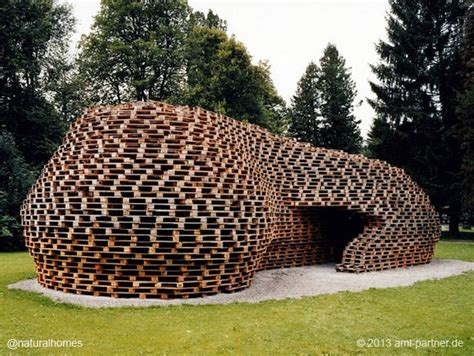 Doghouse Hunting Blind The Pallet Pavilion Germany