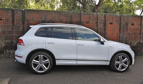 vw touareg reviews volkswagen touareg review v8 tdi r line caradvice