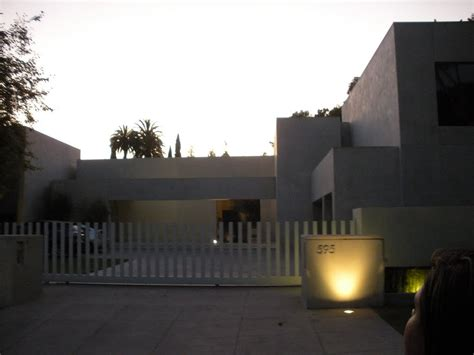 panoramio photo of keanu reeves house beverly
