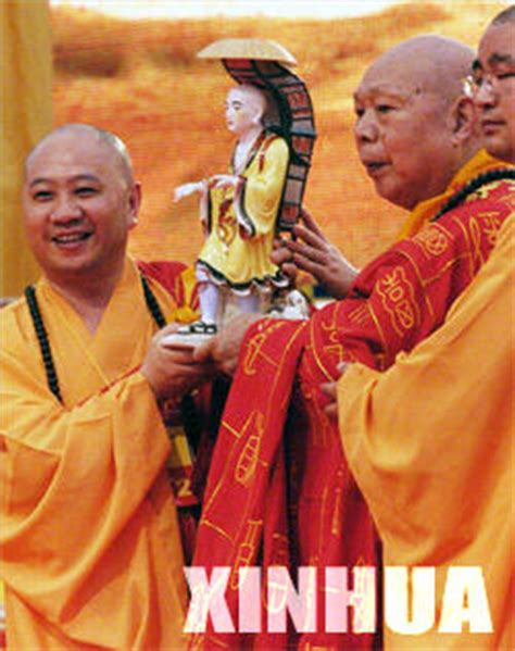 biography of xuanzang buddhist monk buddhist retrace historic journey of xuanzang gd people