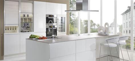 3d Design Kitchen by Cuisine 233 Quip 233 E Modena Avec Il 244 T Par Cuisines Ixina