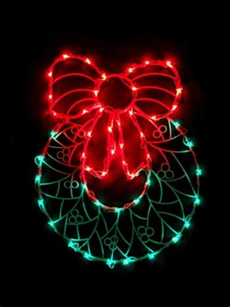 illuminated red bow window silhouette 22 99 24 99 17 quot lighted wreath with bow window silhouette decoration 17 quot lighted